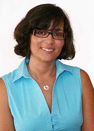 Ana Maria Oliveira